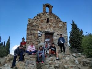Els primers alumnes que arriben a l'Ermita de Sant Climent
