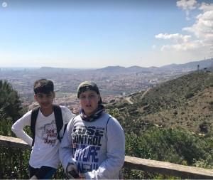 Vistes entre Sant Climent i el puig Castellar, Barcelona als nostres peus